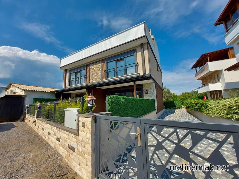 Güre Sahil Satılık Villa / Denize 200 Metre / Sıfır Villa