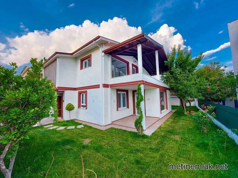 Güre Satılık Müstakil Villa / Denize 50 Metre / Özel Yapım Villa