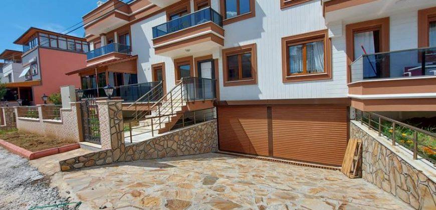 Güre Sahil Satılık Villa / Özel Otoparklı / Denize Yakın