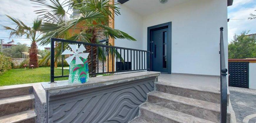 Güre Satılık Müstakil Villa / Güre Sahilde / Denize 200 Metre / Sıfır Villa