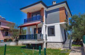 Altınoluk Satılık Villa / Denize 250 metre / Müstakil Bahçeli / Tek Villa
